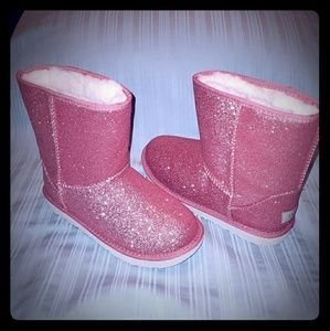 🆕 UGG Classic Short Pink Glittery Boots W7 G5